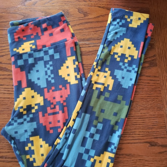 LuLaRoe Pants - LuLaRoe space Invaders leggings